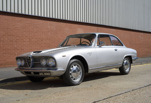 1963 Alfa Romeo 2600 Sprint Coupe By Bertone For Sale