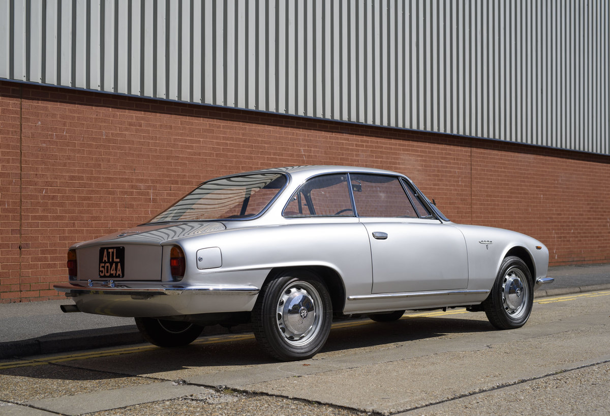 1963 Alfa Romeo 2600 Sprint Coupe By Bertone For Sale  For Sale (picture 3 of 22)