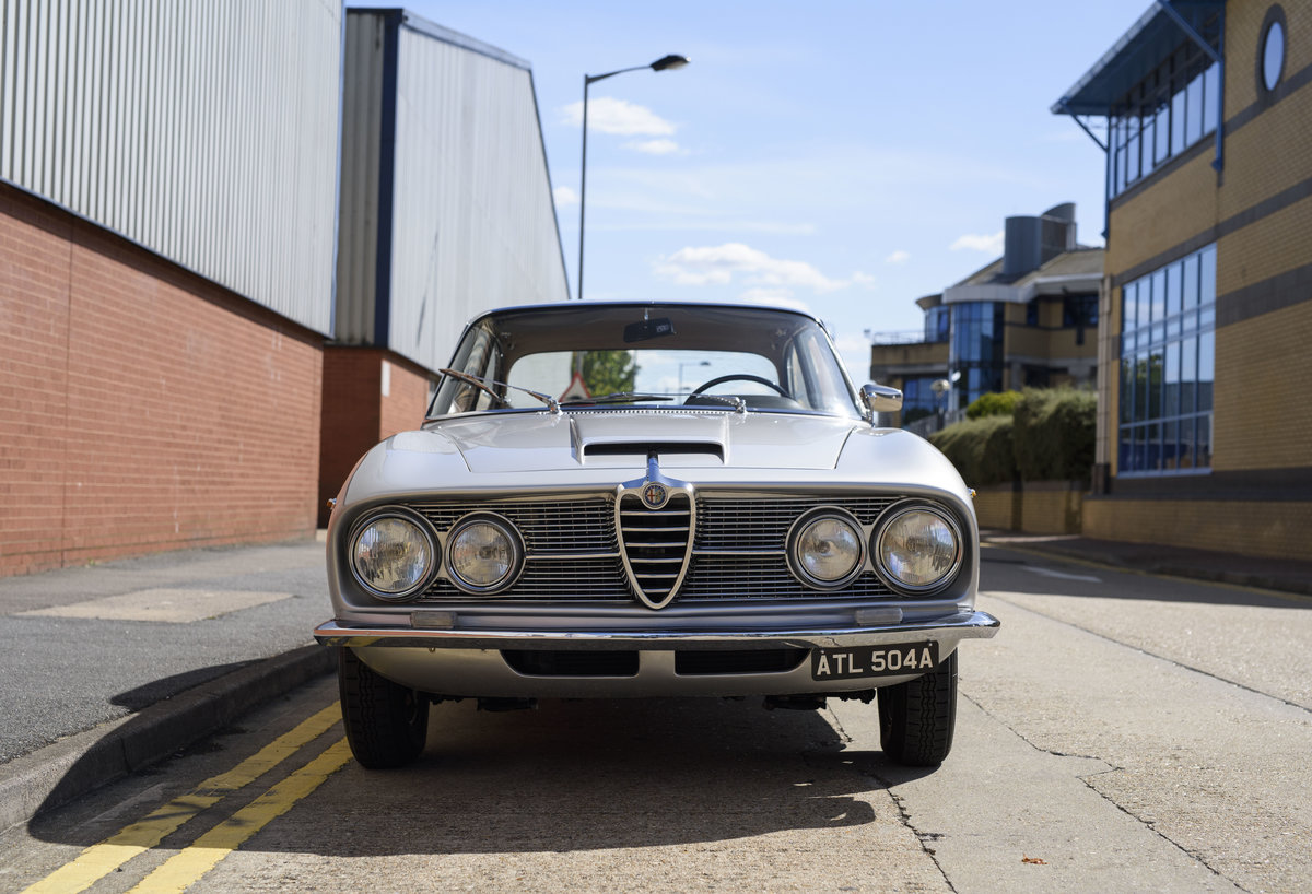 1963  Alfa Romeo 2600 Sprint Coupe By Bertone (LHD)  For Sale (picture 7 of 22)