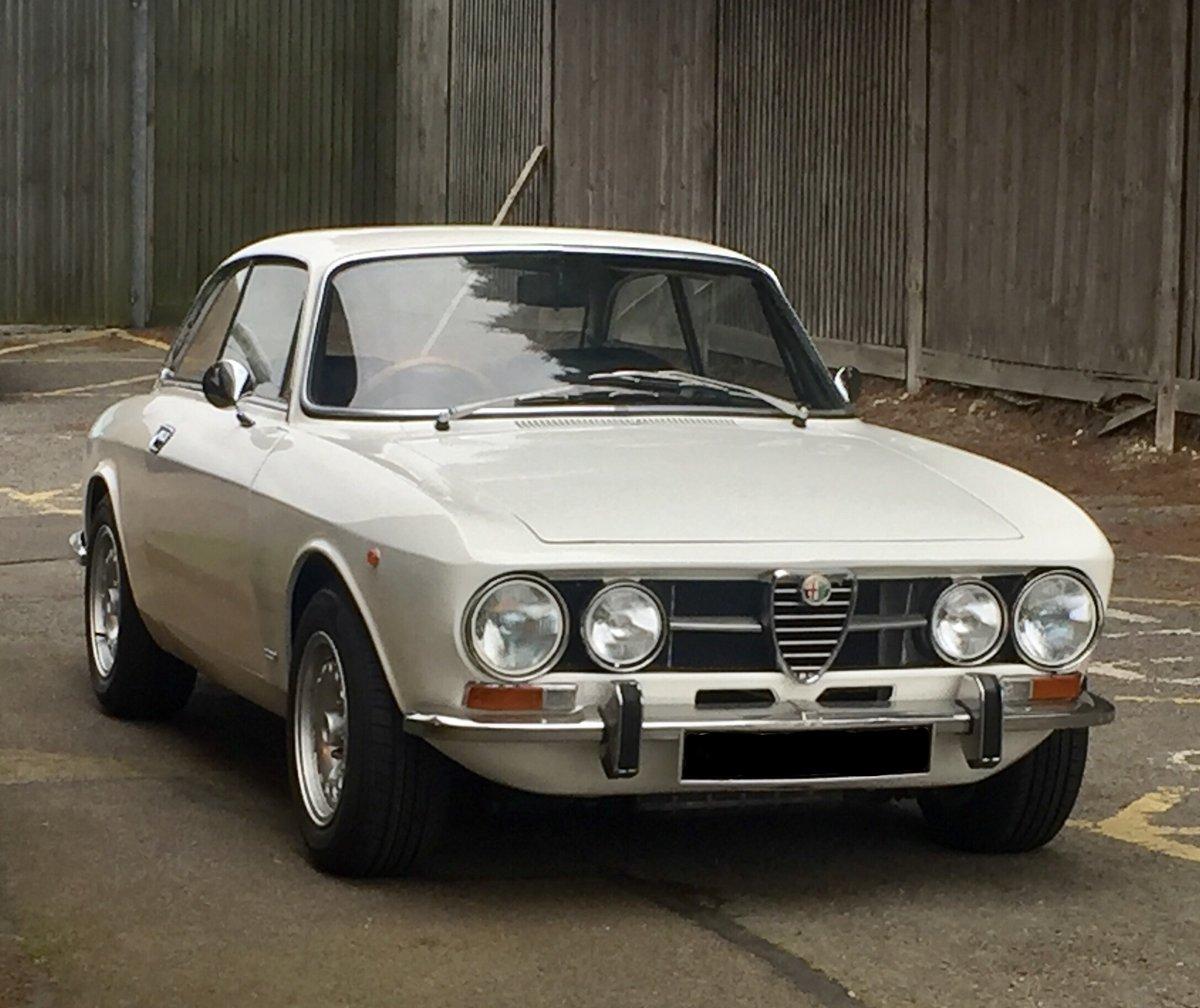 Alfa Romeo 1750 GTV mk2 For Sale (picture 1 of 6)