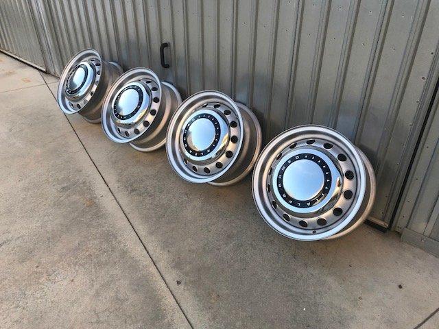 Wheels Alfa Romeo Spider, GT, Giulia, Duetto For Sale (picture 1 of 6)