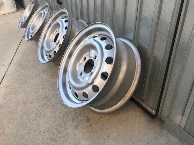 Wheels Alfa Romeo Spider, GT, Giulia, Duetto For Sale (picture 4 of 6)