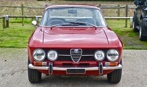 1971 Alfa Romeo 1750 GTV Mk2 RHD