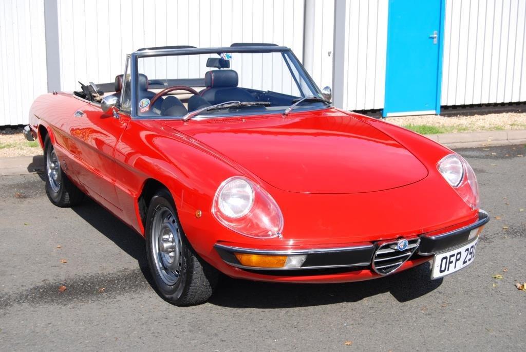 1975 Alfa Romeo 2000 Spider Veloce, 24k miles, VGC, History For Sale (picture 1 of 6)