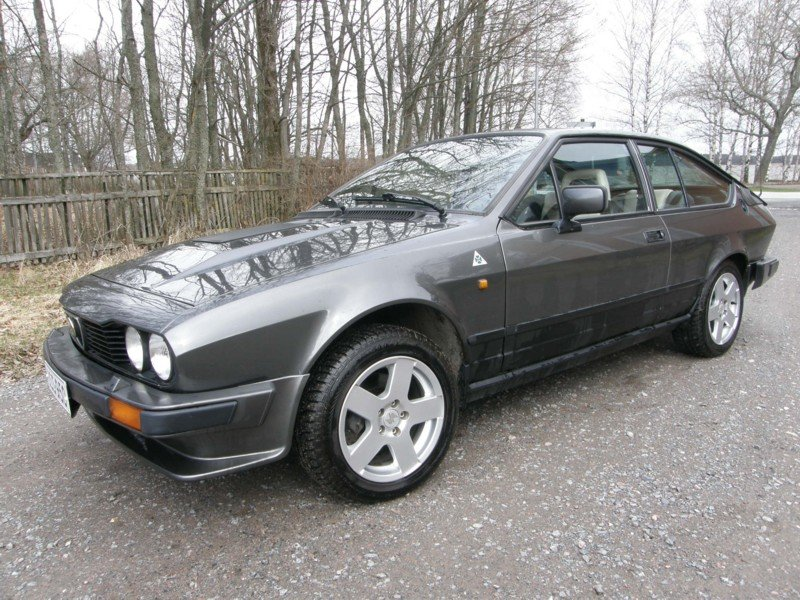 1984 Alfetta GTV6 For Sale (picture 1 of 5)