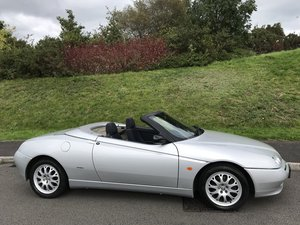 2000  (w) Alfa Spider 2.0 TS Lusso 2 owners from new