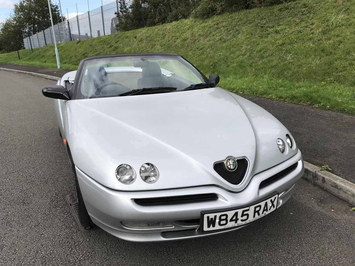 2000 (w) Alfa Spider 2.0 TS Lusso 2 owners from new For Sale (picture 6 of 6)