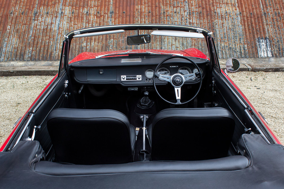 1966 Alfa Romeo Giulia GTC - 1 of 99 UK RHD examples For Sale (picture 3 of 6)
