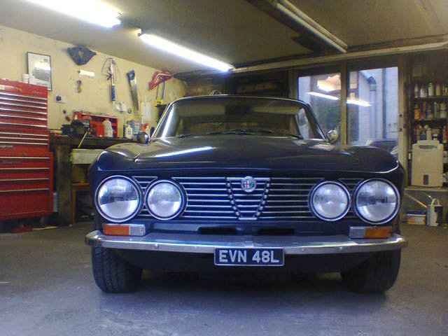 1973 Alfa Romeo 2000GTV  lhd For Sale (picture 2 of 6)