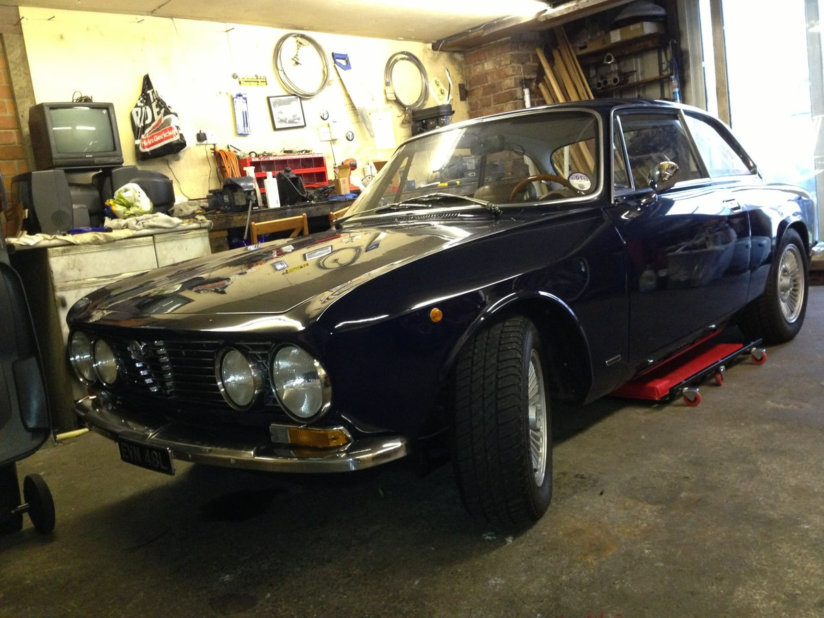 1973 Alfa Romeo 2000GTV  lhd For Sale (picture 4 of 6)