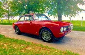 1971 Alfa Romeo Giulia GTV 1750 (Twinspark conversion) For Sale