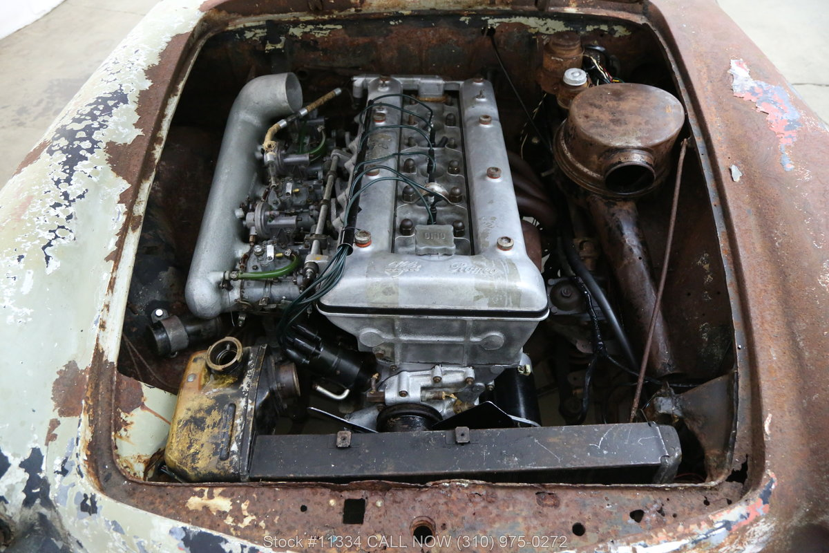 1963 Alfa Romeo 2600 Spider For Sale (picture 5 of 6)