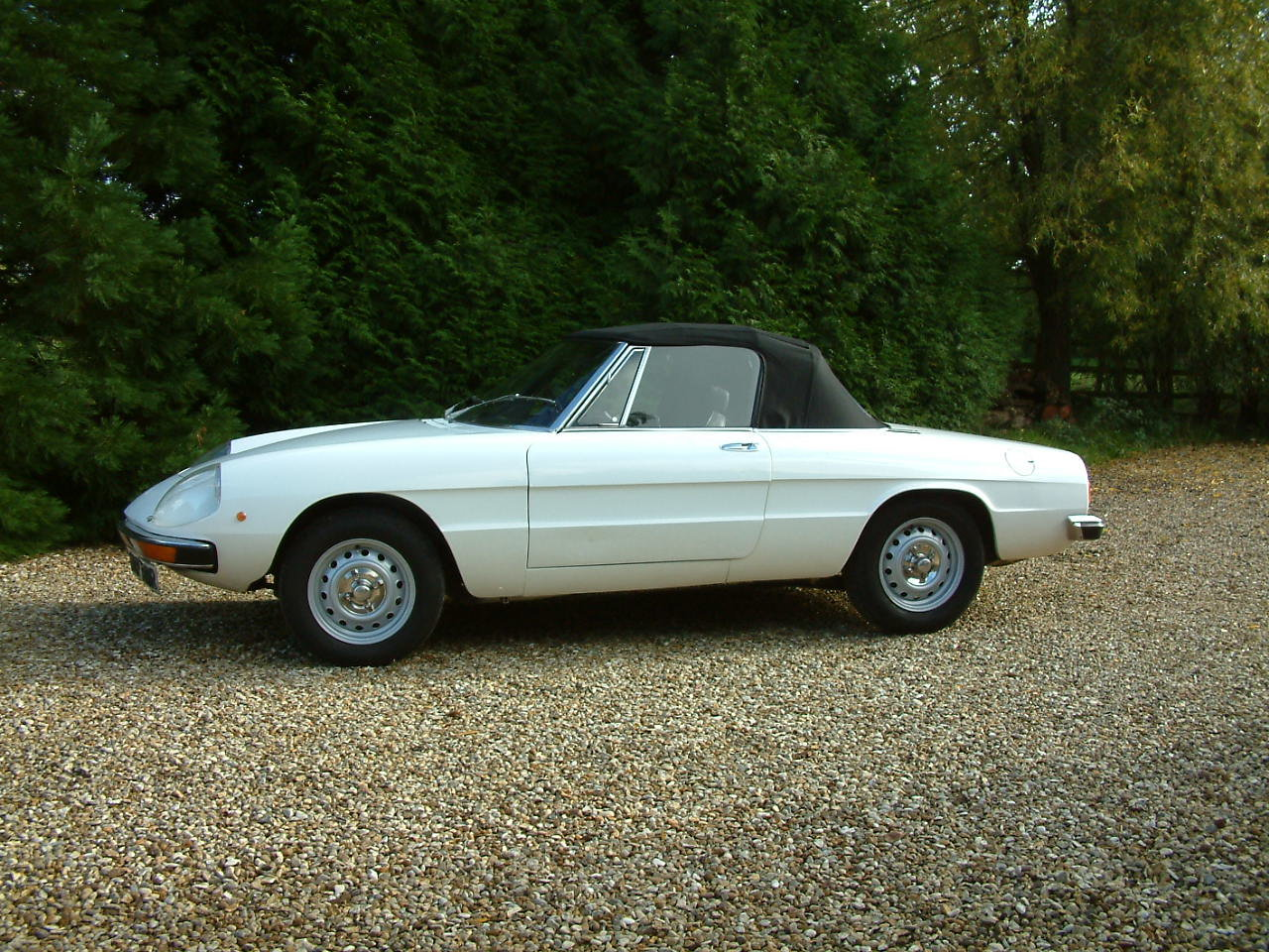 1976 Alfa Romeo Spider Veloce 2000 -  Lovely Cabriolet For Sale by Auction (picture 2 of 6)