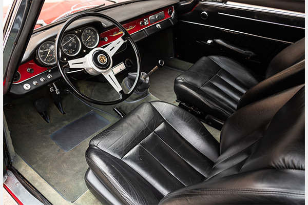 1966 Alfa Romeo 2600 Sprint  Red(~)Black 5 Speed $36.7k For Sale (picture 2 of 4)