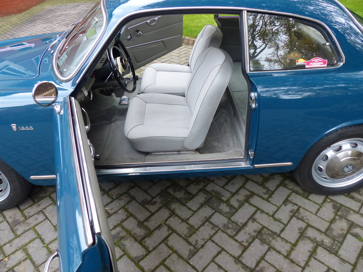 1964 Alfa Giulietta Sprint 1300 Coupe LHD £48,950 For Sale (picture 4 of 6)