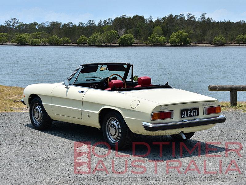 1971 Alfa Romeo Spider 1750 Veloce  For Sale (picture 2 of 6)