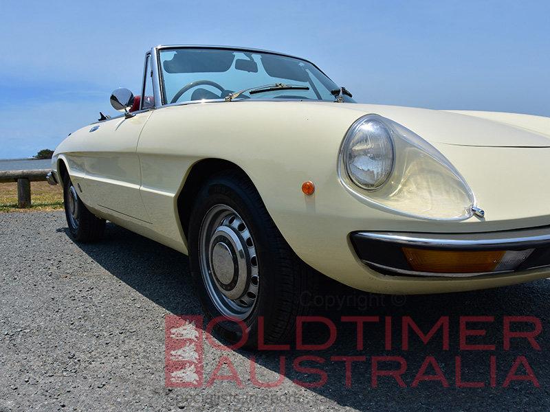 1971 Alfa Romeo Spider 1750 Veloce  For Sale (picture 3 of 6)