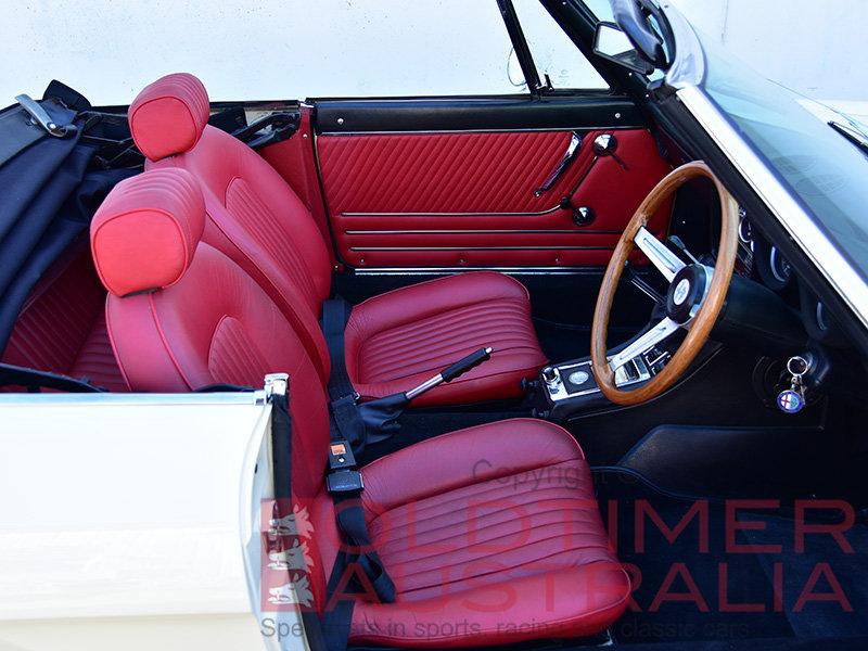 1971 Alfa Romeo Spider 1750 Veloce  For Sale (picture 4 of 6)