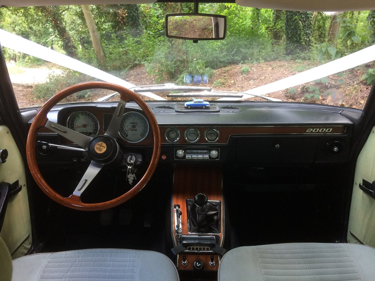 1972 Alfa Romeo Berlina wedding car hire For Hire (picture 5 of 6)