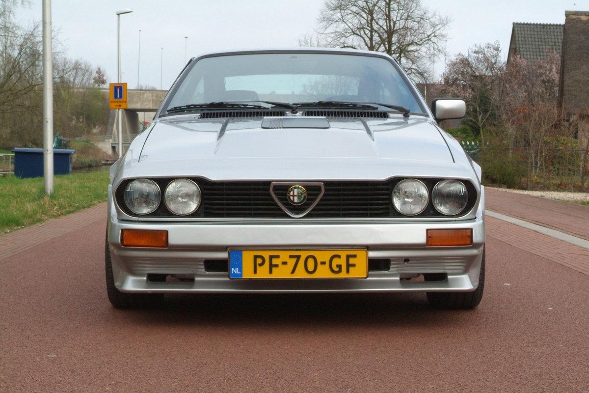 1986 Alfa Romeo GTV-6 2.5 For Sale (picture 3 of 6)