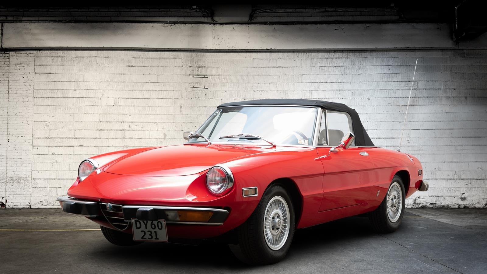 1974 Alfa Romeo 2000 Spider  For Sale (picture 1 of 6)