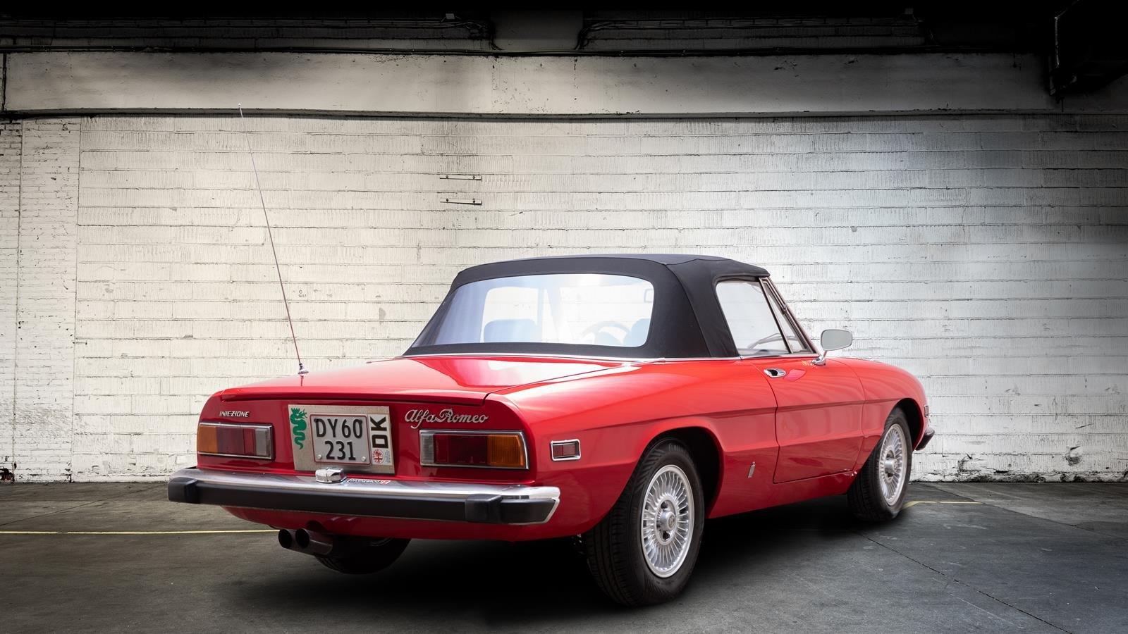 1974 Alfa Romeo 2000 Spider  For Sale (picture 3 of 6)