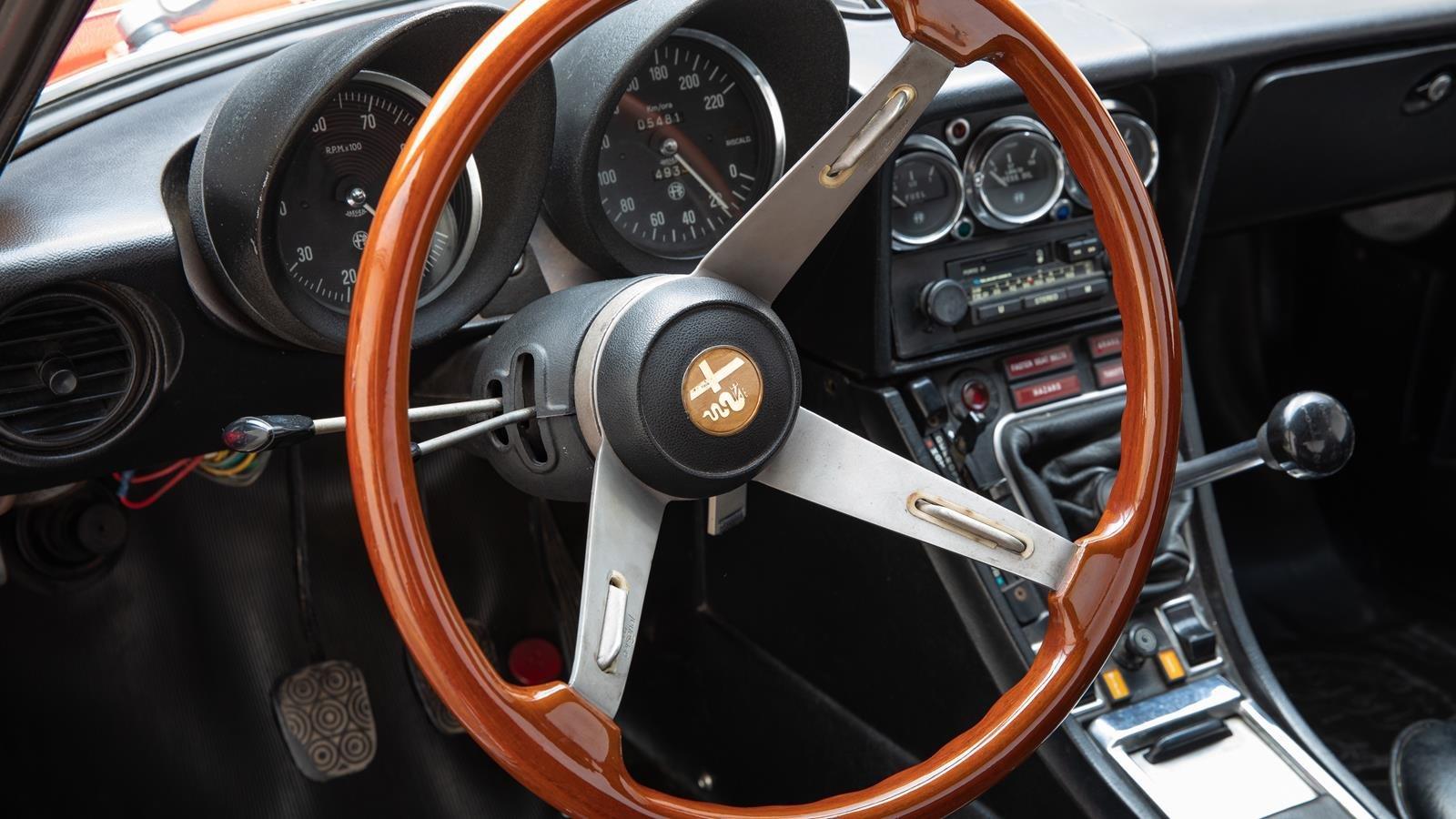 1974 Alfa Romeo 2000 Spider  For Sale (picture 4 of 6)