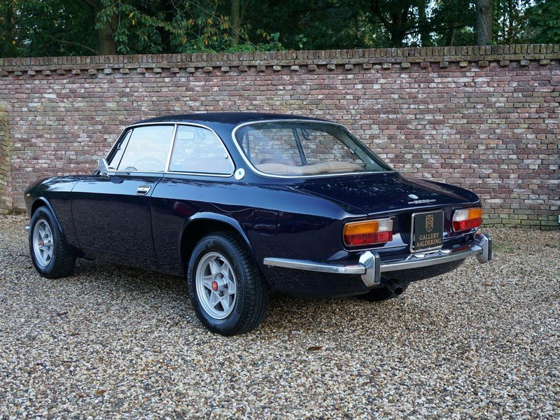 1972 Alfa Romeo 2000 GTV Bertone matching numbers and colour, Eur For Sale (picture 2 of 6)