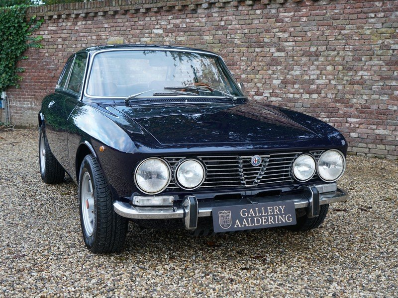 1972 Alfa Romeo 2000 GTV Bertone matching numbers and colour, Eur For Sale (picture 5 of 6)