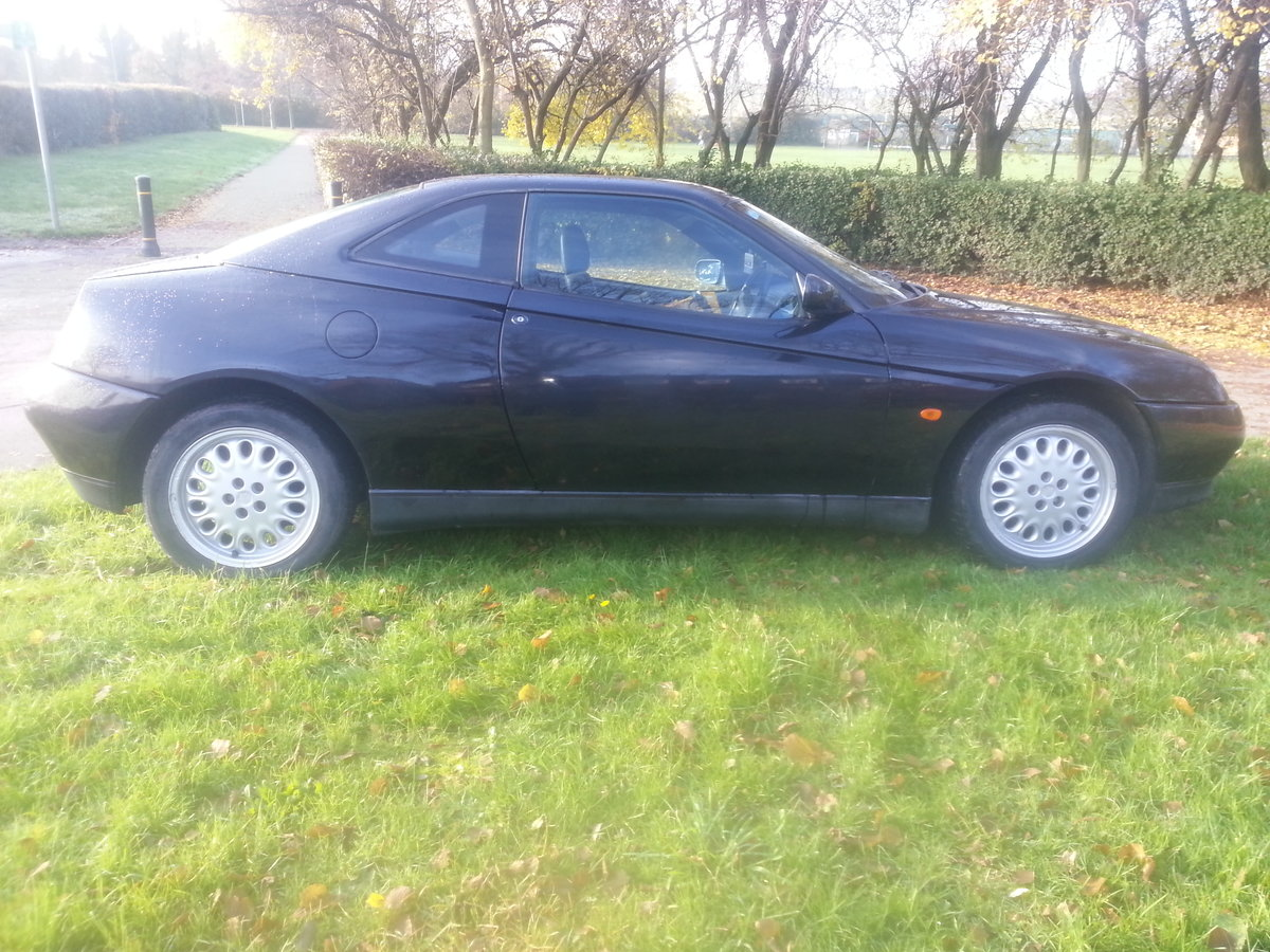 1998 ALFA GTV-2 LITRE-ONLY 58000 MILES-FULL HISTORY--NEW CAMBELT For Sale (picture 1 of 6)