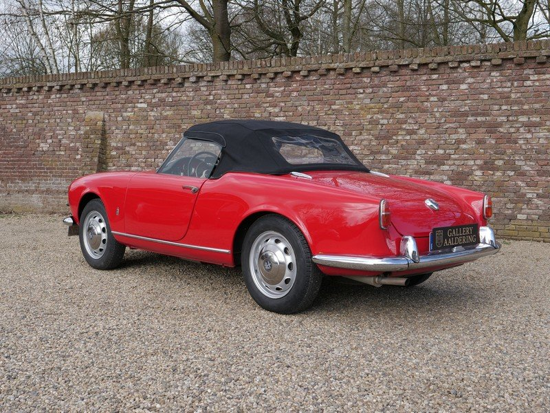 1957 Alfa Romeo Giulietta 1300 Spider 750D first series, restored For Sale (picture 2 of 6)