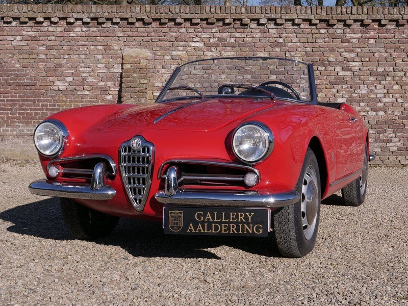 1957 Alfa Romeo Giulietta 1300 Spider 750D first series, restored For Sale (picture 5 of 6)