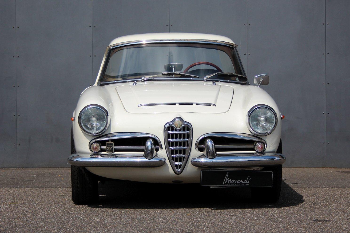 1963 Alfa Romeo Giulia Spider LHD For Sale (picture 6 of 6)