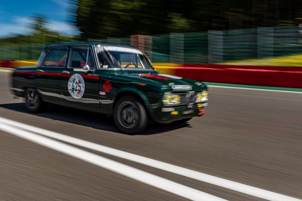 1967 Alfa Romeo Giulia Super Bollino Oro / Road and Race legal For Sale (picture 3 of 6)