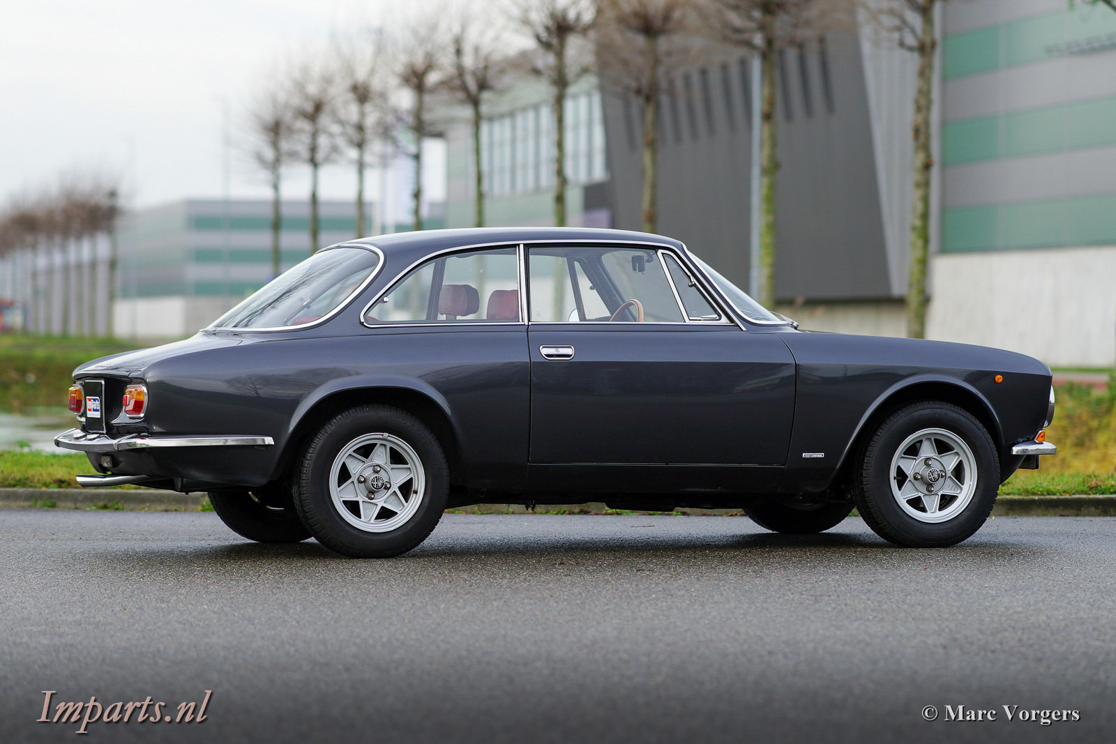 1975 Very nice Alfa Romeo GT Junior 1300 Lusso LHD For Sale (picture 5 of 6)