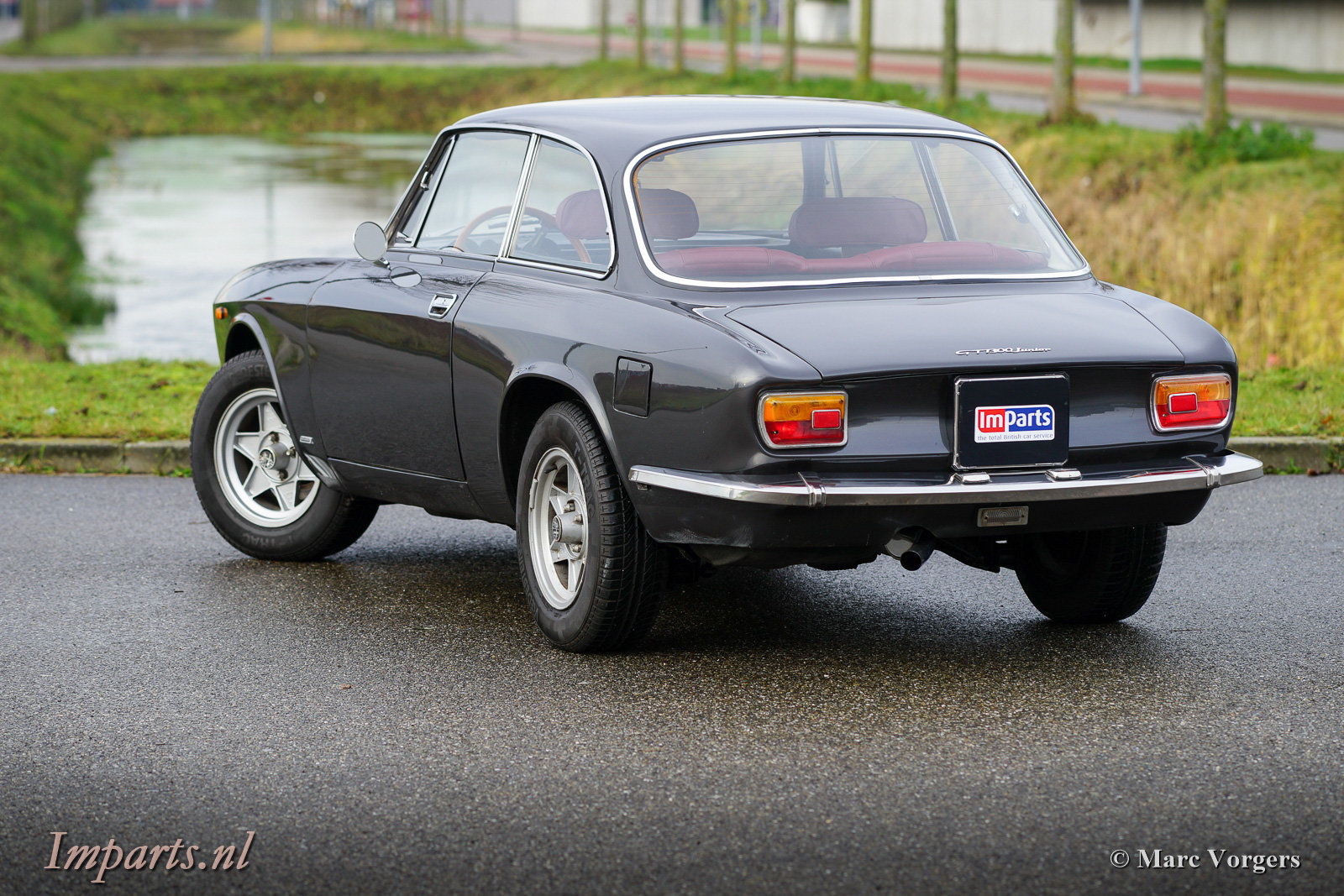 1975 Very nice Alfa Romeo GT Junior 1300 Lusso LHD For Sale (picture 6 of 6)
