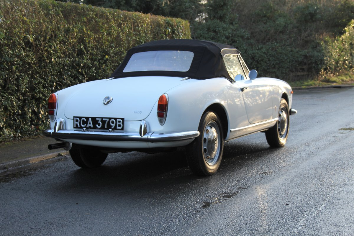 1964 Alfa Romeo Giulia Spider, UK RHD, Years in Canary Islands For Sale (picture 6 of 18)