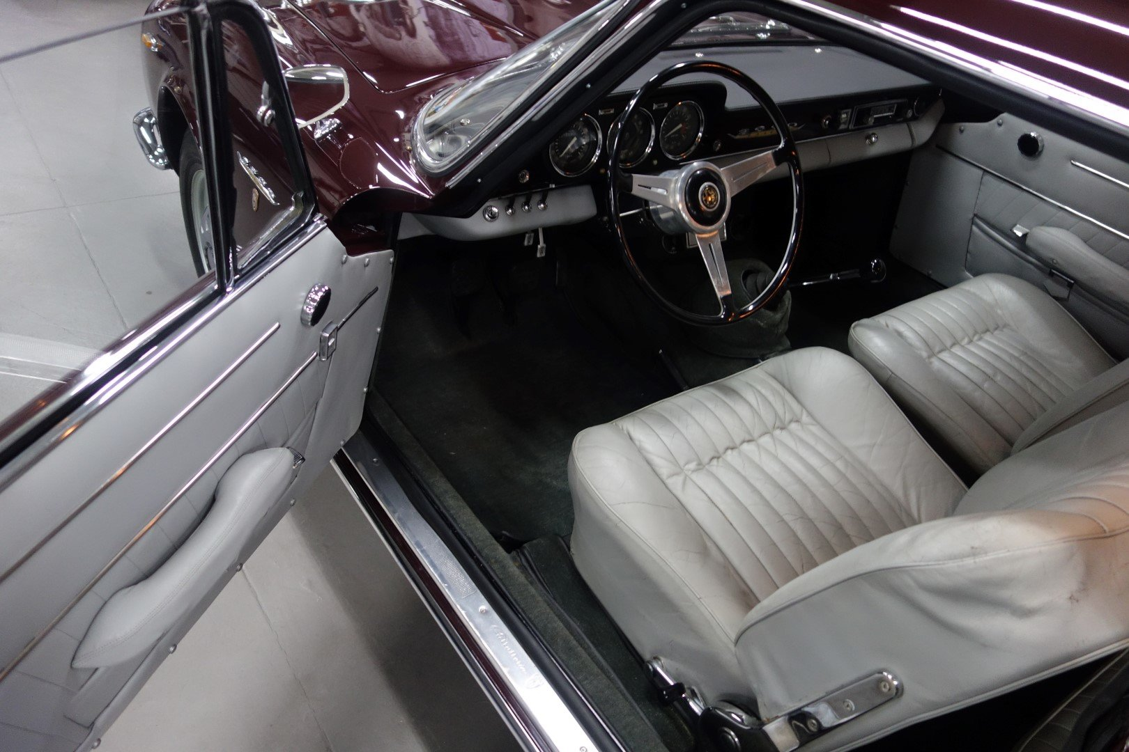 1962 Alfa Romeo 2600 Sprint SOLD (picture 4 of 6)
