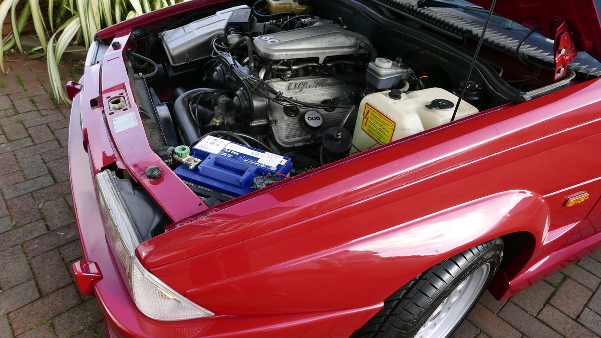 1988 Alfa Romeo 75 3.0 6V Veloce SOLD (picture 2 of 6)
