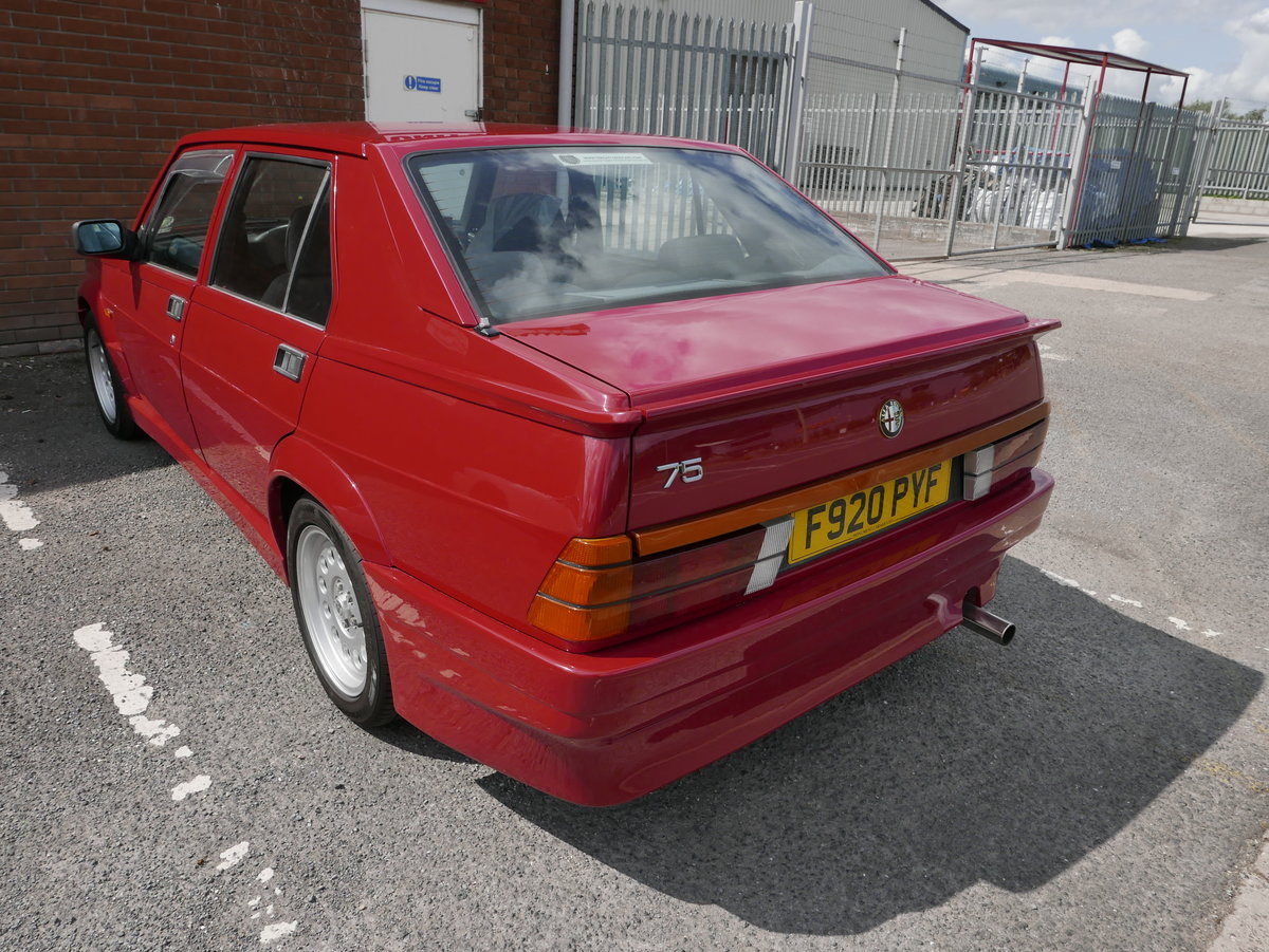 1988 Alfa Romeo 75 3.0 6V Veloce SOLD (picture 4 of 6)