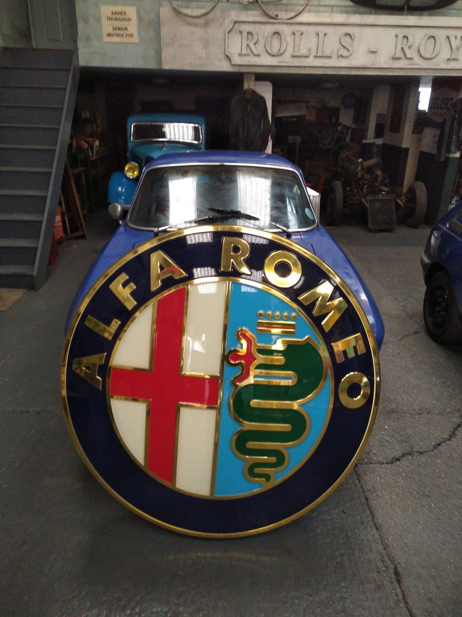 2000 ALFA ROMEO AND FIAT DEALER SIGNS. MANCAVE MATERIAL! For Sale (picture 4 of 5)