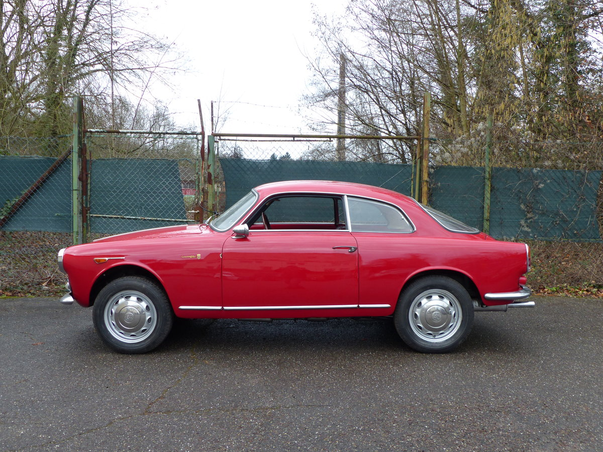 1960 Beautifully restored Giulietta Sprint 1300 engine overhauled For Sale (picture 3 of 6)