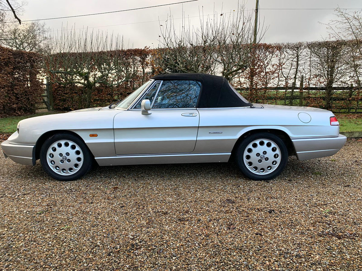 1990 Alfa Romeo Spider S4 2.0L 22 Feb 2020 For Sale by Auction (picture 2 of 4)