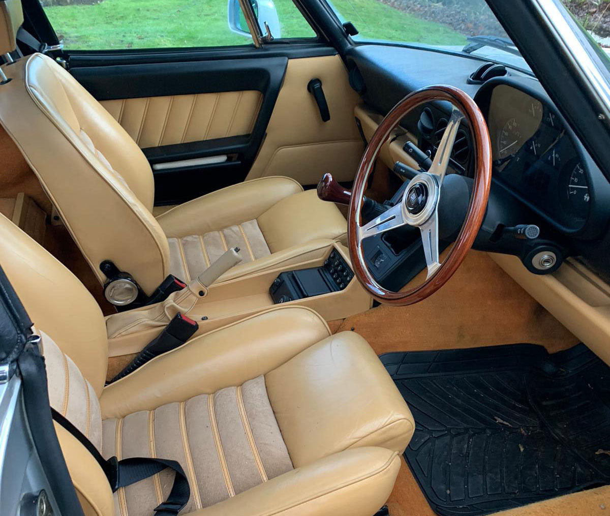 1990 Alfa Romeo Spider S4 2.0L 22 Feb 2020 For Sale by Auction (picture 3 of 4)
