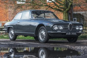 1965 Alfa Romeo 2600 Sprint - One of just 596 RHD cars For Sale by Auction