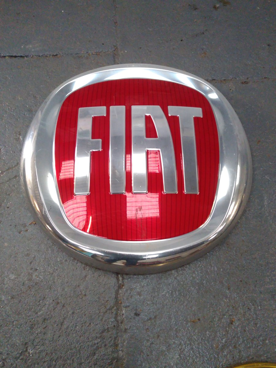 2000 ALFA ROMEO AND FIAT DEALER SIGNS. MANCAVE MATERIAL! For Sale (picture 5 of 5)