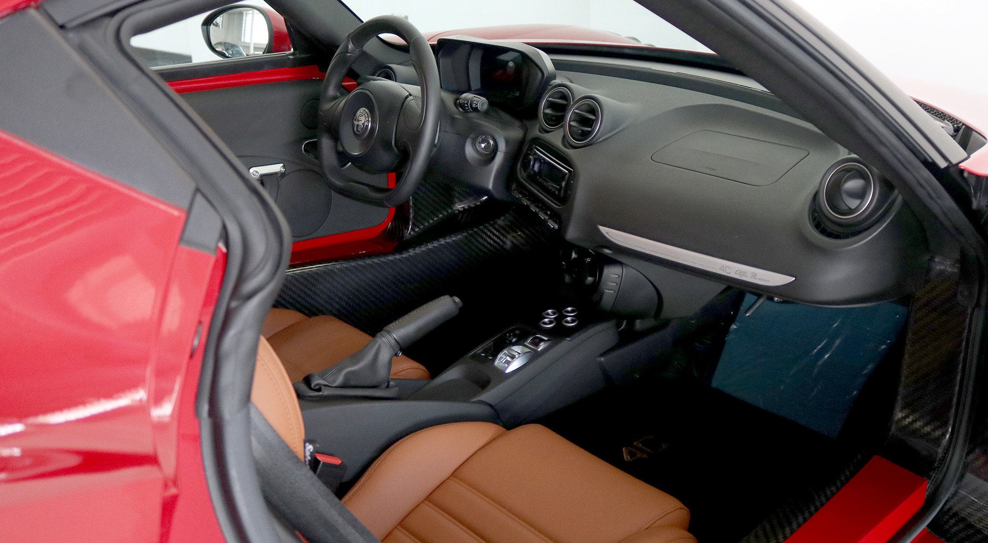 Alfa Romeo 4C Coupe (2017) For Sale (picture 5 of 6)