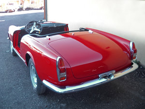 1960 Alfa Romeo 2000 Touring Spider Red Full Restored  €179k