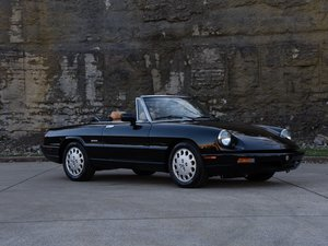 1993 Alfa Romeo Spider Veloce  For Sale by Auction