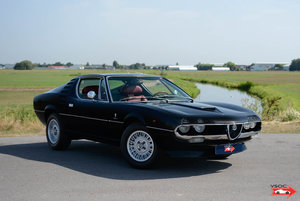1972 Alfa Romeo Montreal - Nero Daytona, red interior! For Sale